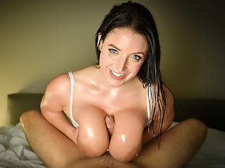 Massive Naturals In Slow-motion